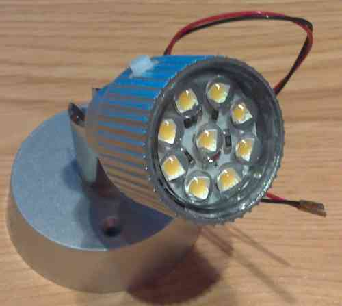 FOCO ORIENTABLE JOLLY 9 LEDS 0,6W
